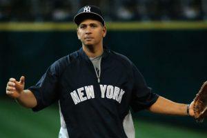 Alex Rodríguez. El beisbolista dominicano fue suspendido por 162 partidos por la MLB al encontrarlo implicado en un caso de dopaje, por lo que se perderá toda la temporada de 2014. Foto:Getty Images. Imagen Por: