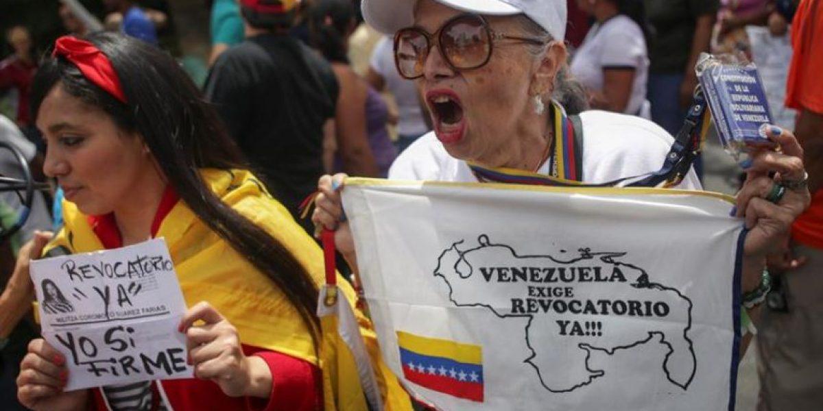 El poder electoral venezolano valida 1,3 millones de firmas para el referendo