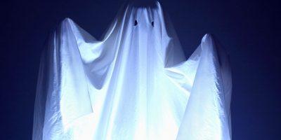 Buscaban actividad paranormal tras extraños ruidos y se encontraron con una producción de película porno