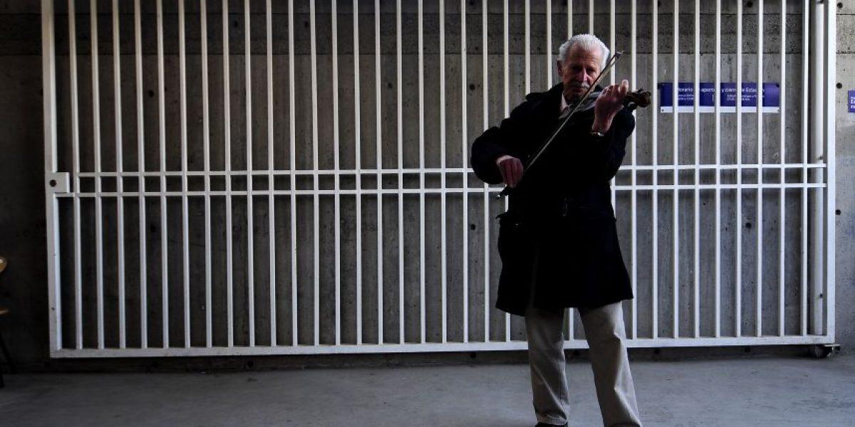 Metro cede a las presiones y modifica las bases de concurso para artistas callejeros