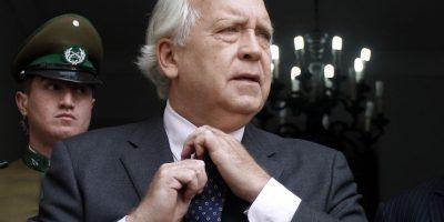 Las teorías que se tomaron Twitter tras la renuncia de Jorge Burgos