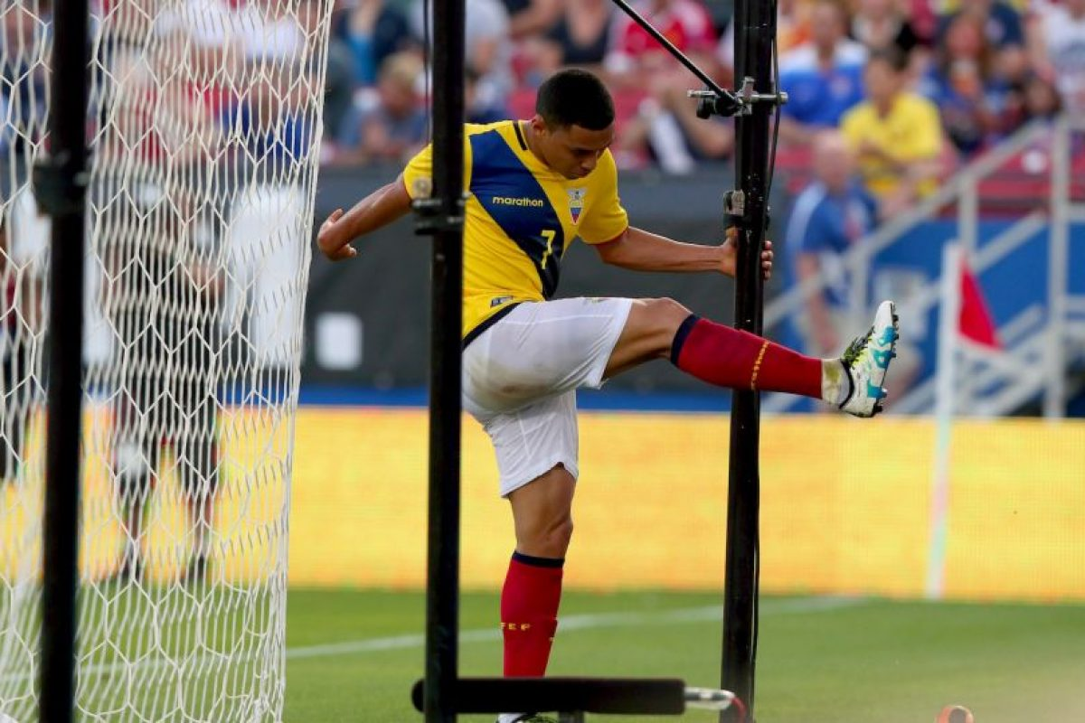 Seguramente si ven la portada, los ecuatorianos saldrán con todo a buscar la victoria Foto:Getty Images. Imagen Por: