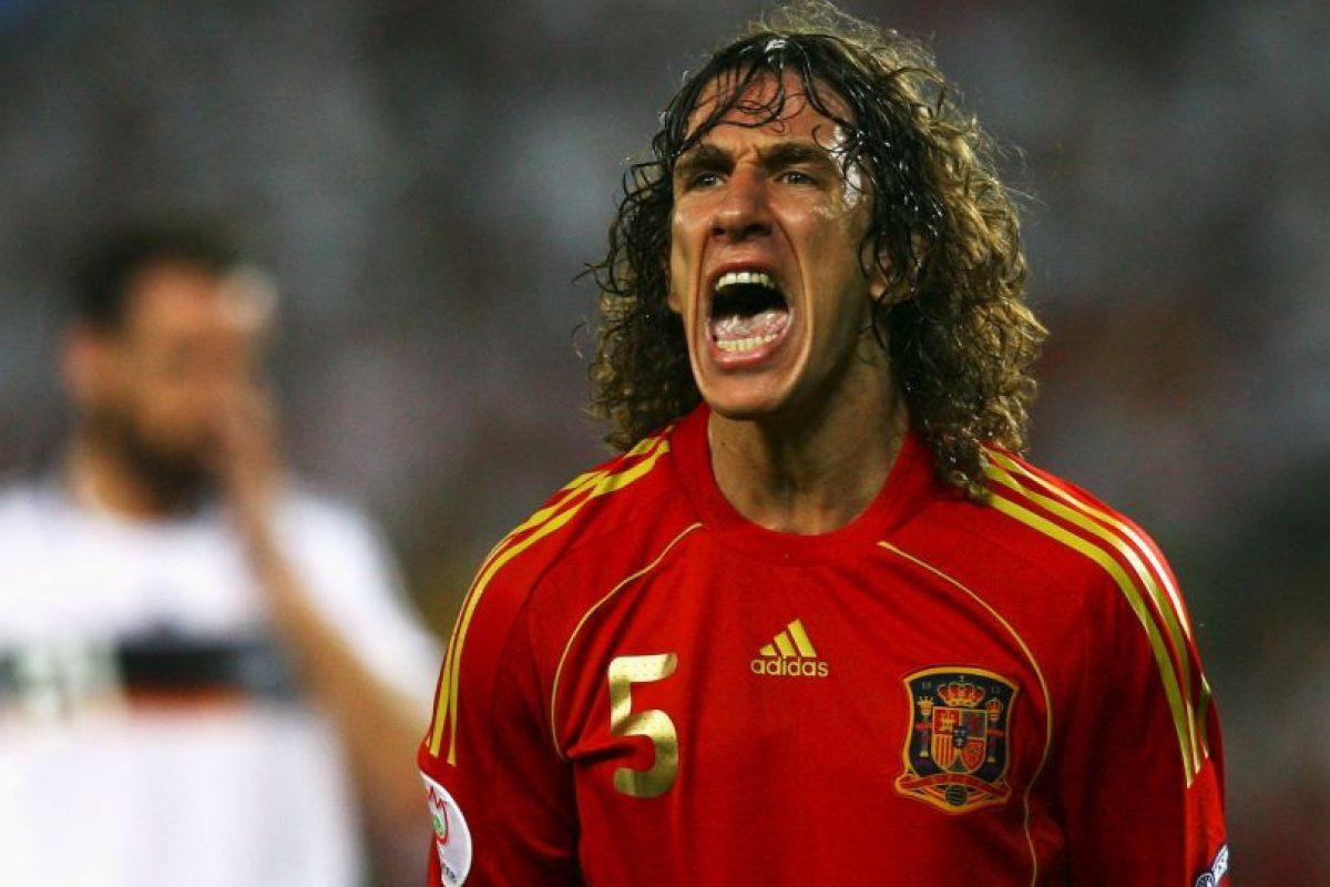 El defensor español jugó la Eurocopa 2004 y 2008, donde fue capitán y levantó el trofeo de campeón Foto:Getty Images. Imagen Por: