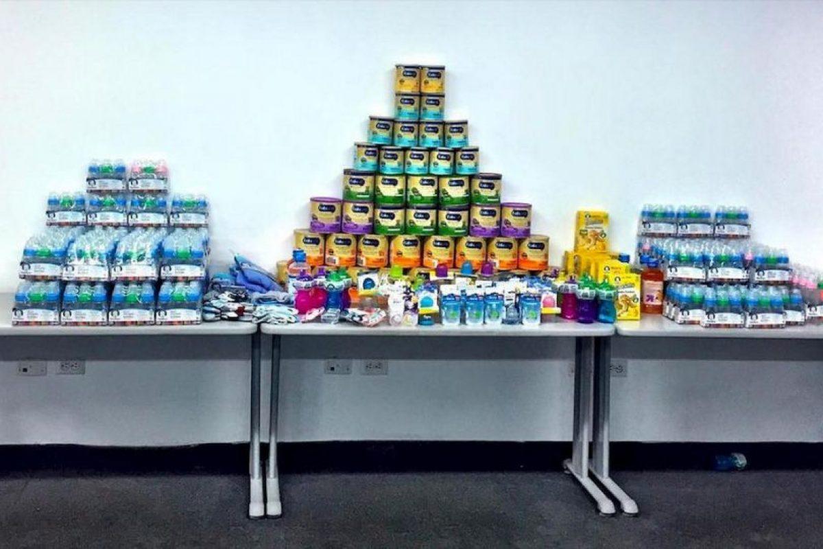Elproducto que más se necesita, además de los medicamentos, es la fórmula para alimentar a los pequeños. Foto:comparteporunavida.com. Imagen Por: