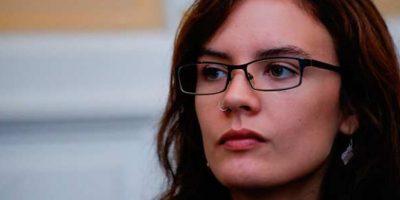 La dura condena de Camila Vallejo a encapuchados que atacaron la Gratitud Nacional