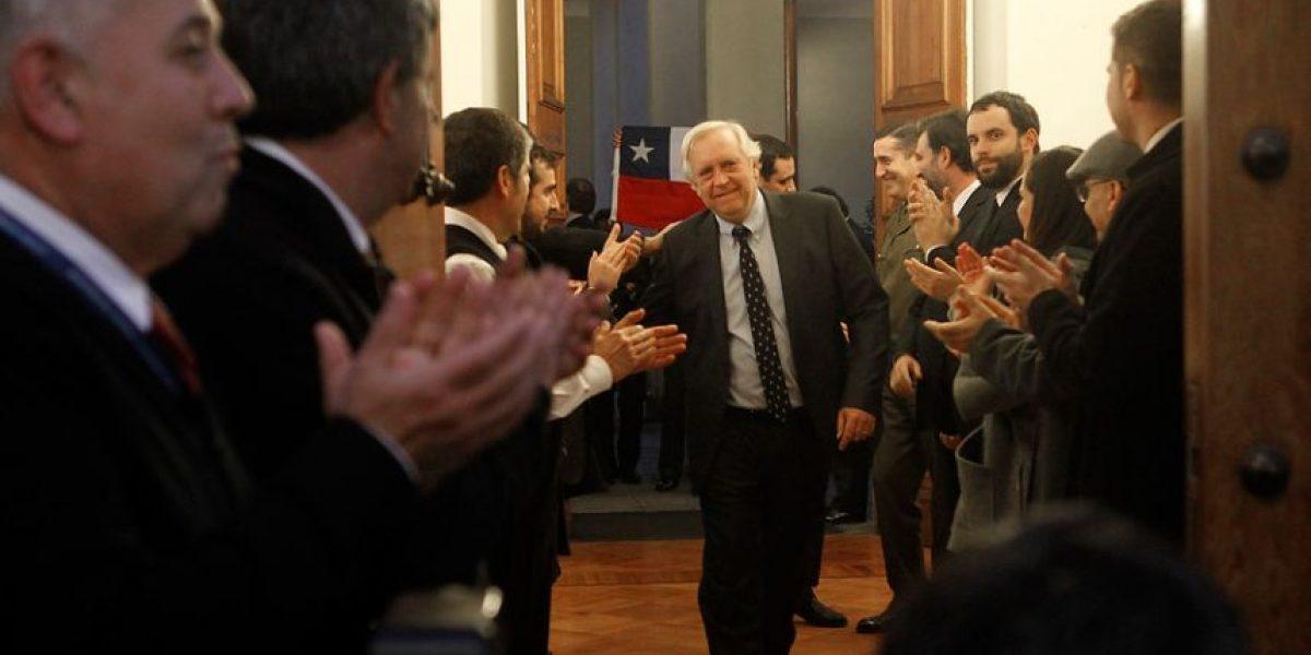 Burgos se va de vacaciones tras renuncia: