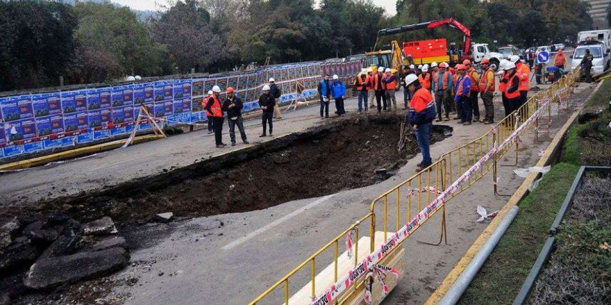 Ciclistas afirman que advirtieron a sanitaria  de filtraciones cerca de Museo Tajamares