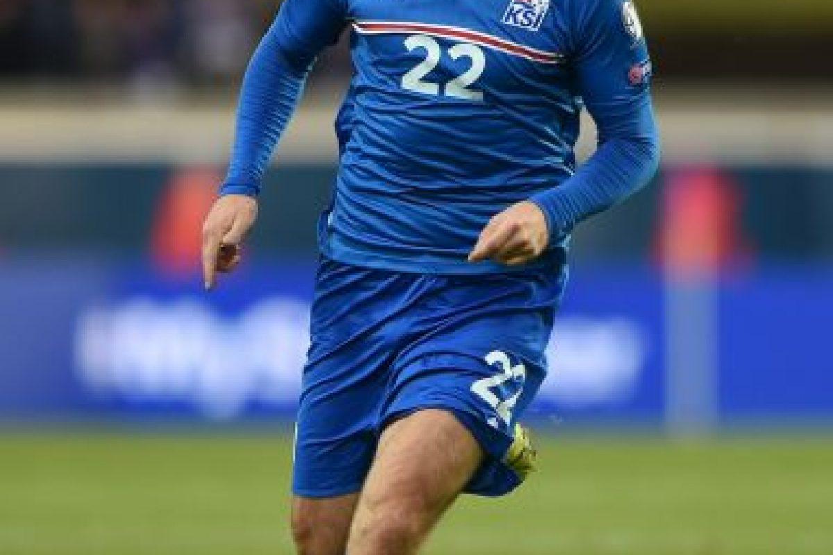 El veterano jugador de 37 años tendrá el lujo de comandar a la selección de Islandia, quienes debutan en una Eurocopa. Foto:Getty Images. Imagen Por: