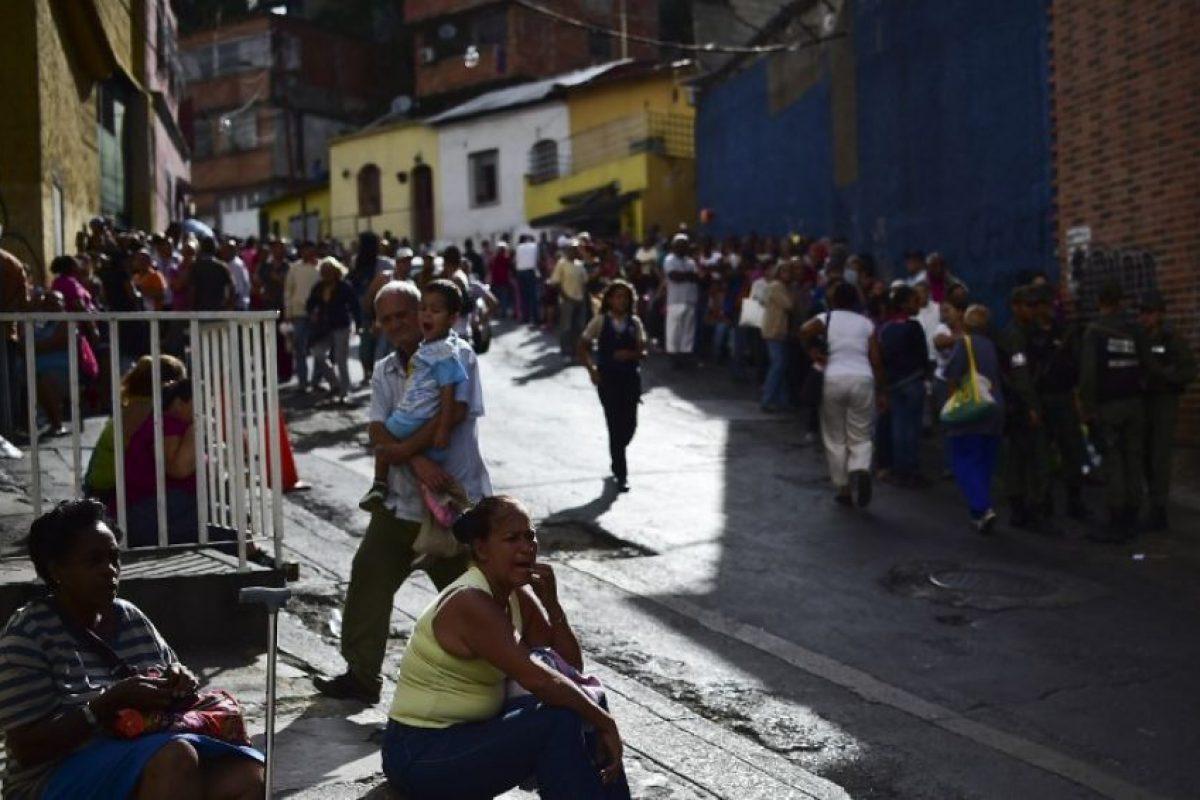 Las protestas y los saqueos cada vez son más violentos. Foto:AFP. Imagen Por: