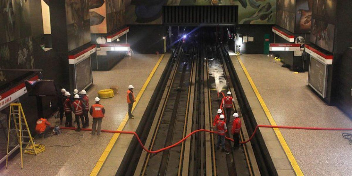 Metro no descarta una nueva perturbación del servicio este viernes tras rotura de matriz