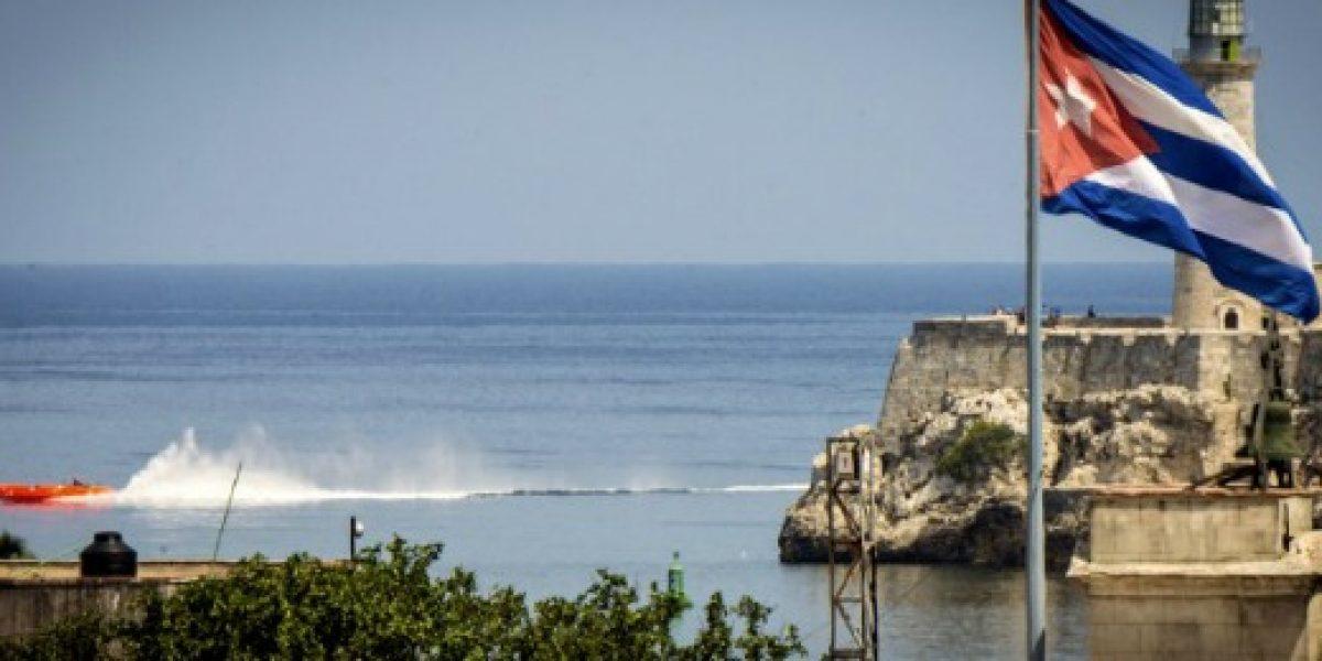 Seis aerolíneas de EEUU reciben permiso para operar vuelos regulares a Cuba