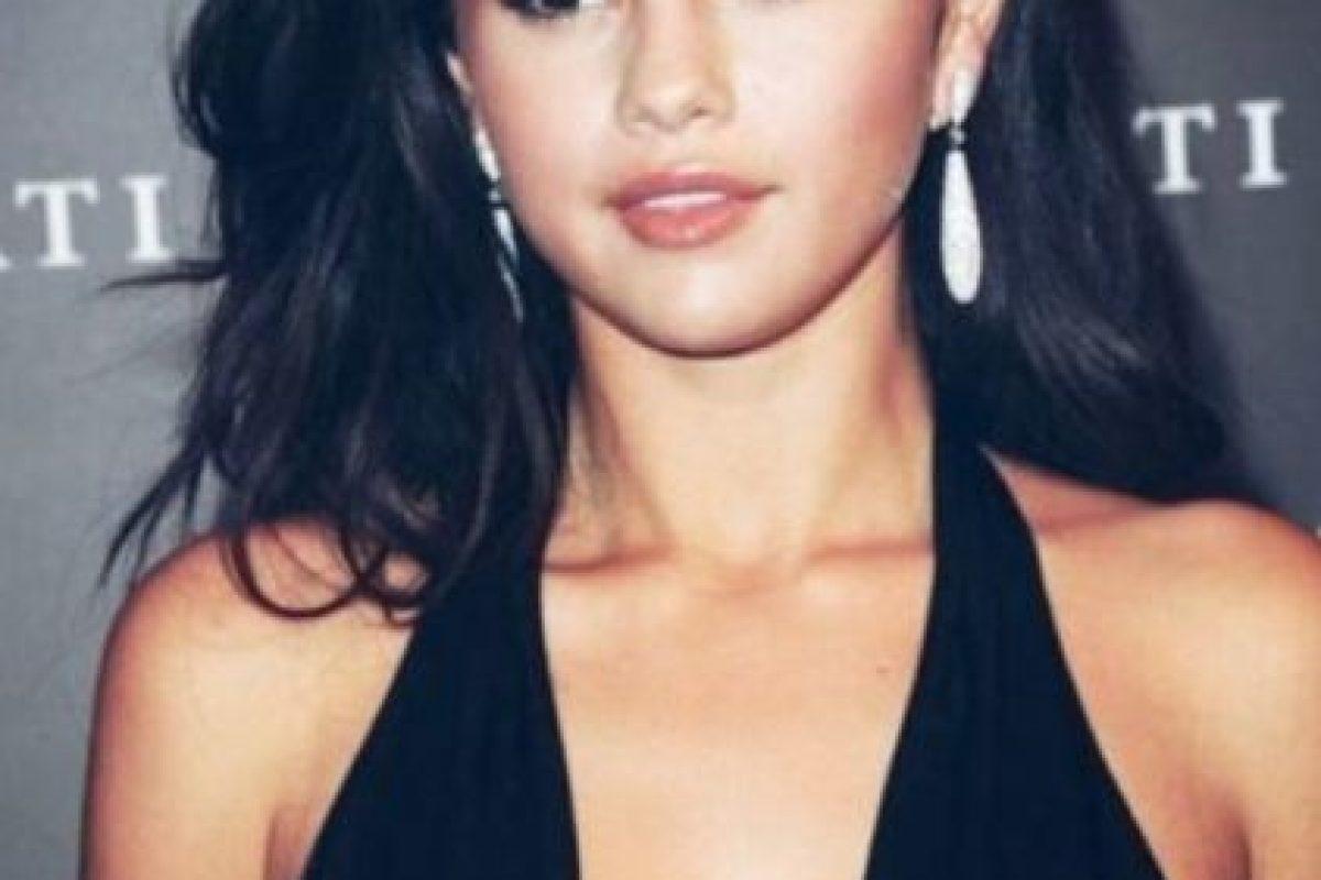 Estos son algunos looks de Selena Gómez en Instagram Foto:Vía Instagram/@selenagomez. Imagen Por: