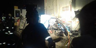 Al menos cuatro muertos y cinco heridos deja accidente entre camiones en Parral