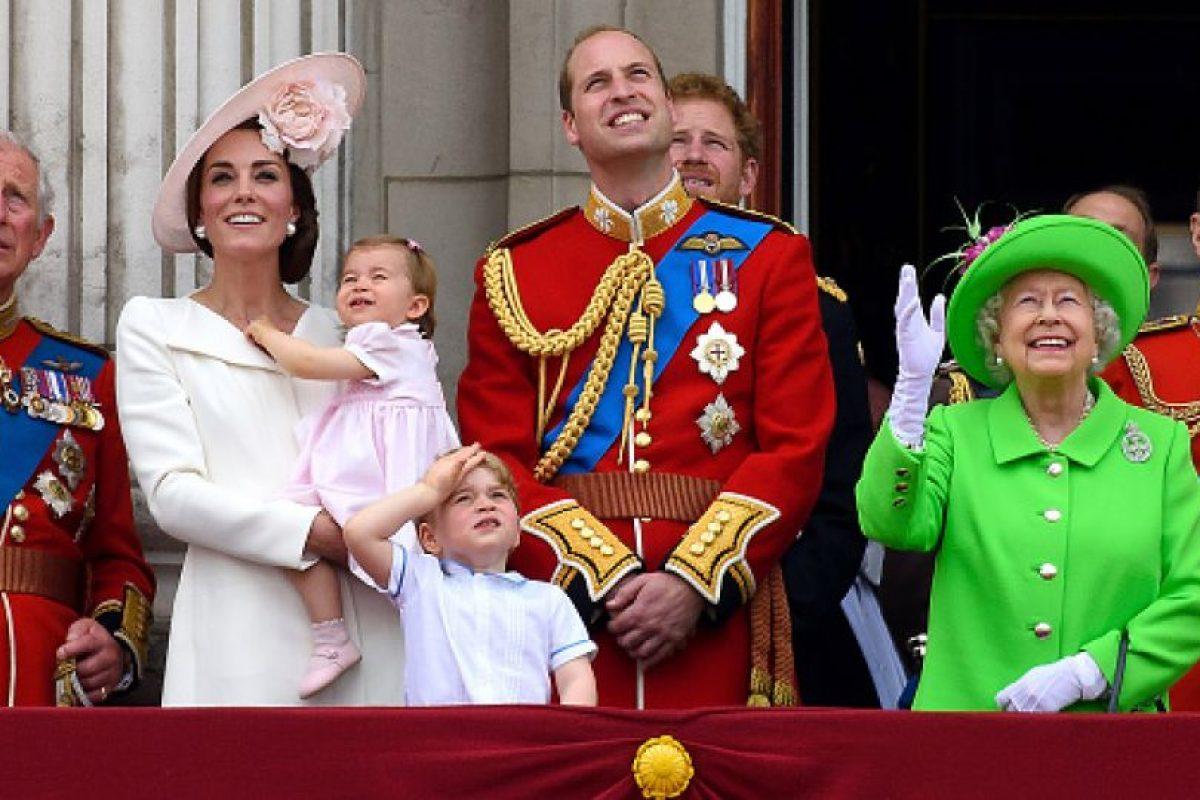 Toda la Familia Real Británica se reunió para celebrar el cumpleaños 90 de la Reina Foto:Getty Images. Imagen Por:
