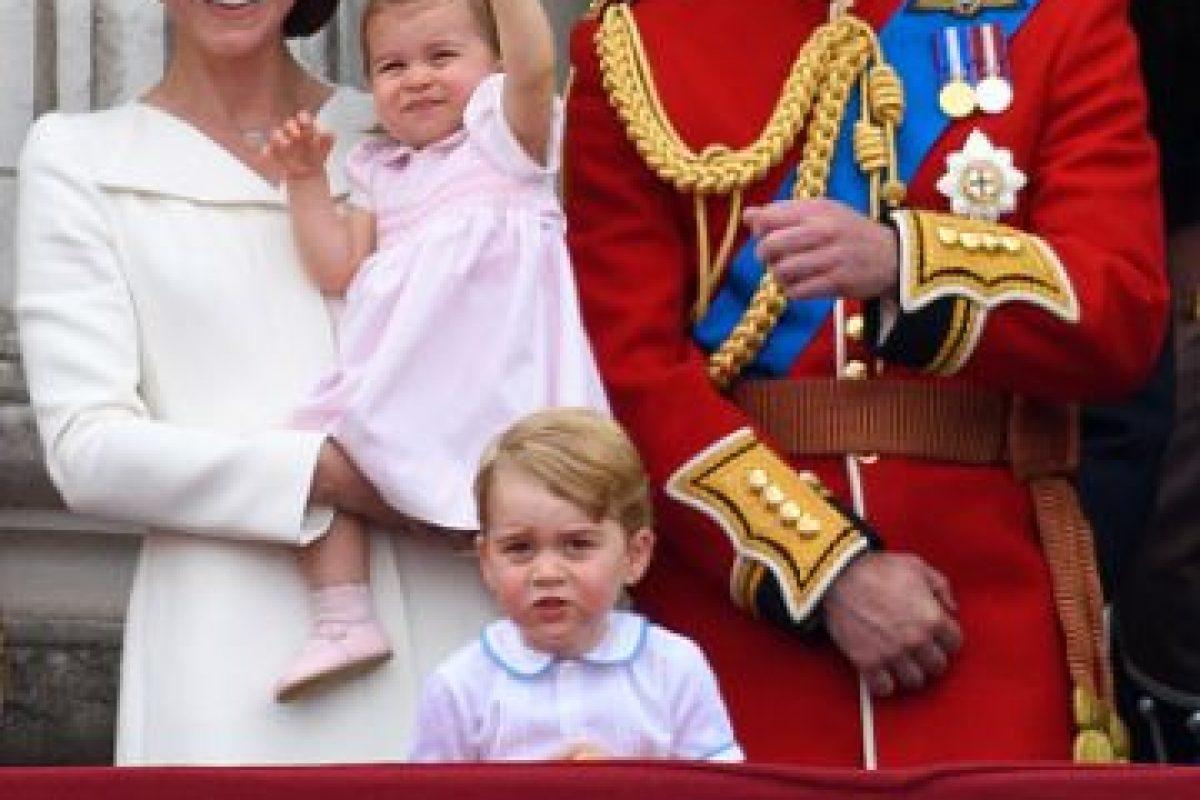 Las ceremonias en el balcón del Palacio de Buckingham son las más glamurosas de la Familia Real Británica Foto:Getty Images. Imagen Por: