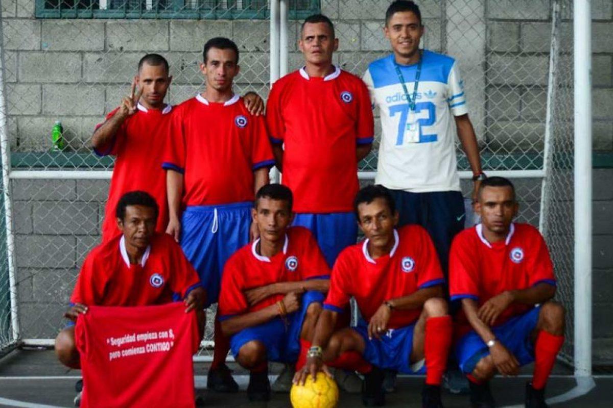 Es un torneo para las personas sin hogar, que se inspira en el campeonato de selecciones más antiguo del mundo. Foto:AFP. Imagen Por: