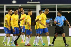 Neymar salió molesto a defender a su selección Foto:Getty Images. Imagen Por: