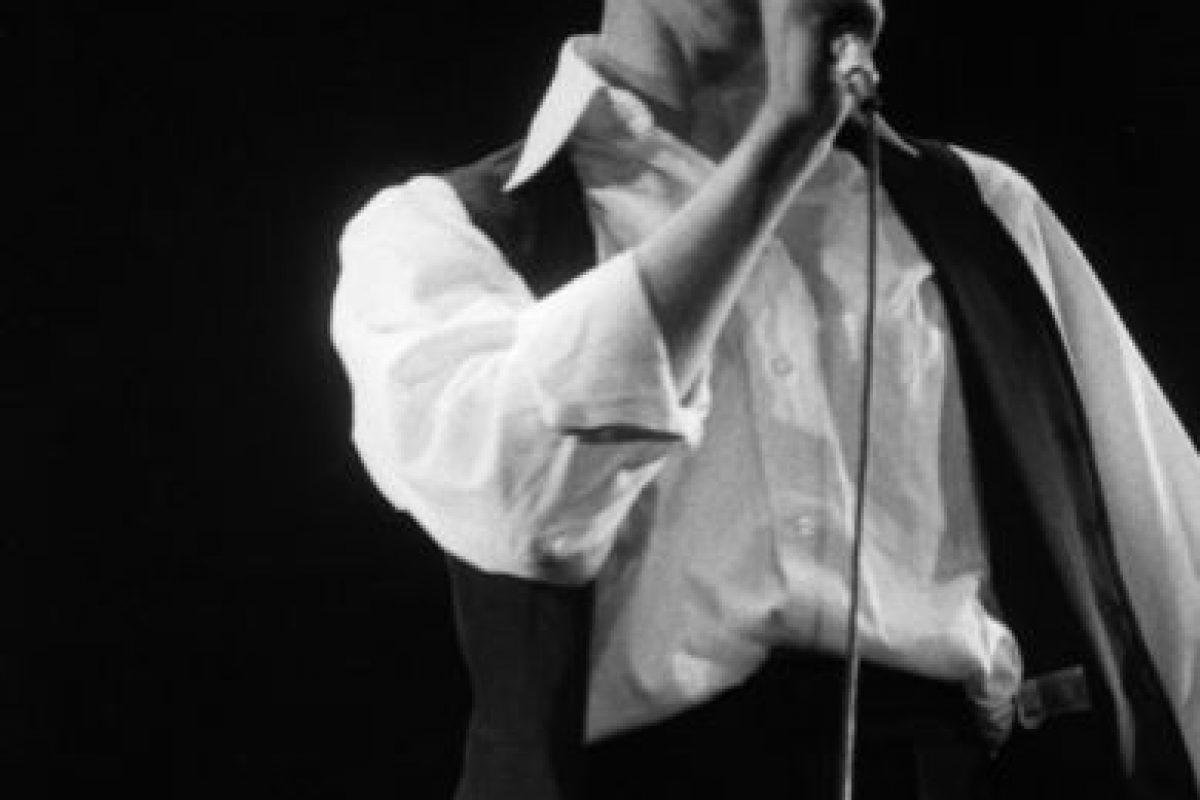 """David Bowie, con el """"Gran Duque Blanco"""" en los años 80 inspiró una imagen elegante, frágil y andrógina. Foto:vía Getty Images. Imagen Por:"""