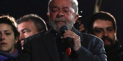 Corte suprema de Brasil regresa caso Lula a juez anticorrupción Moro