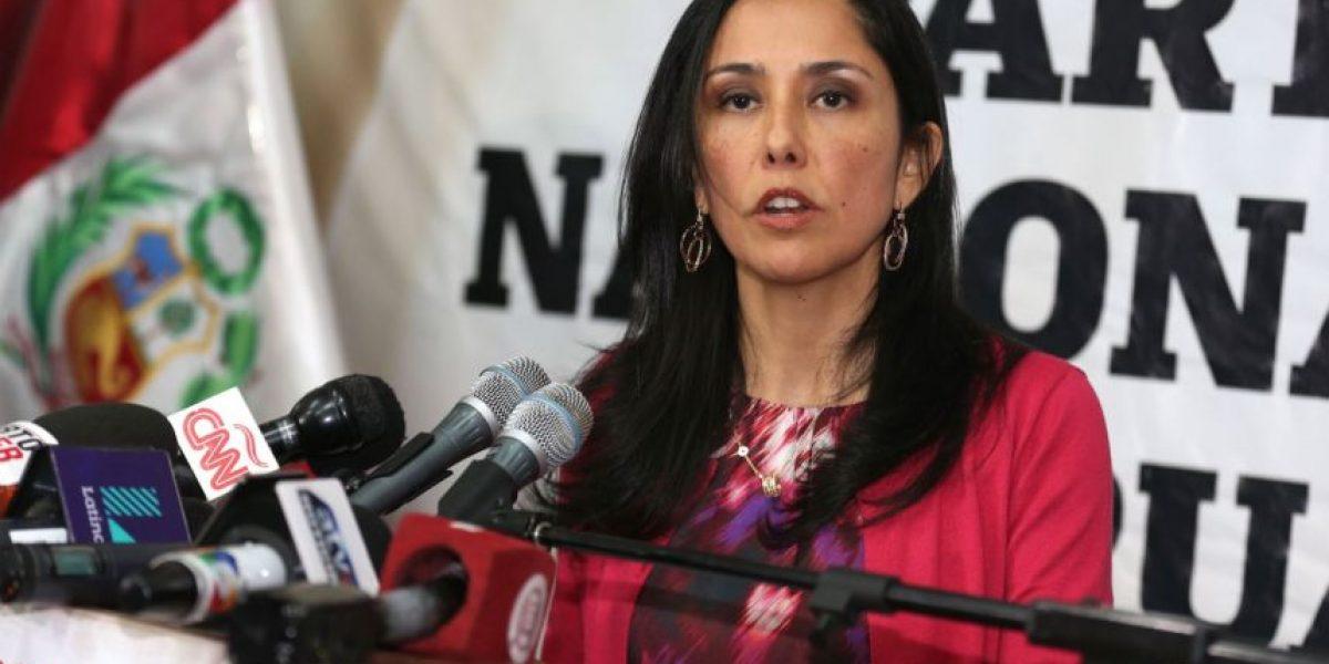Primera dama de Perú es investigada por lavado de dinero