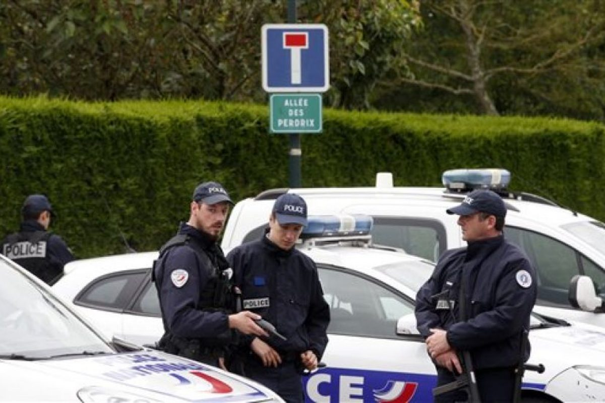 Las víctimas ahora fueron dos policías franceses. Foto:AP. Imagen Por:
