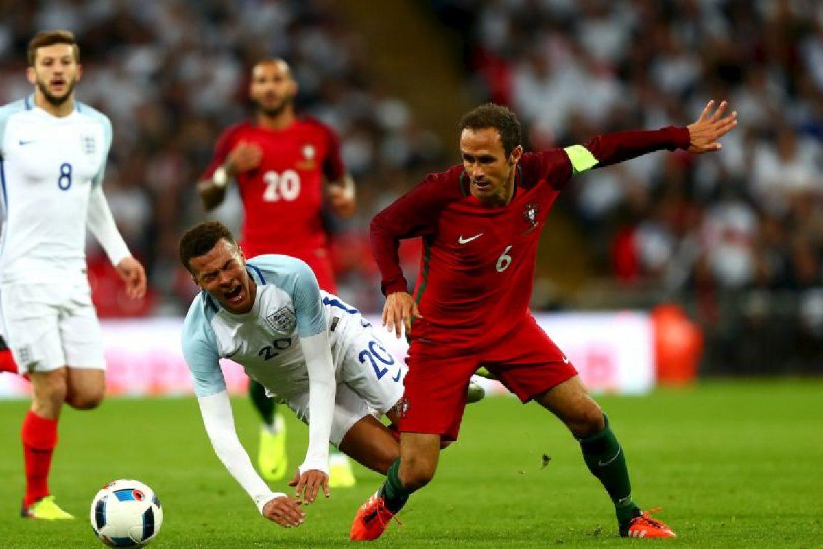 Portugal, en tanto, avanzó sin problemas tras ganar su grupo y vencer en siete de los ocho partidos de la clasificación a la Eurocopa Foto:Getty Images. Imagen Por: