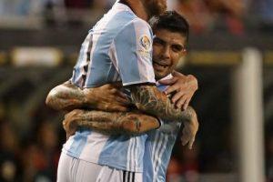 Le dio buena suerte, pues marcó un hat-trick en su debut ante Panamá Foto:Getty Images. Imagen Por: