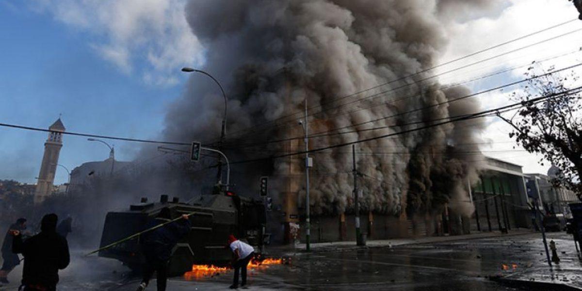 Bombero sería la segunda víctima fatal tras los incidentes del 21 de mayo en Valparaíso
