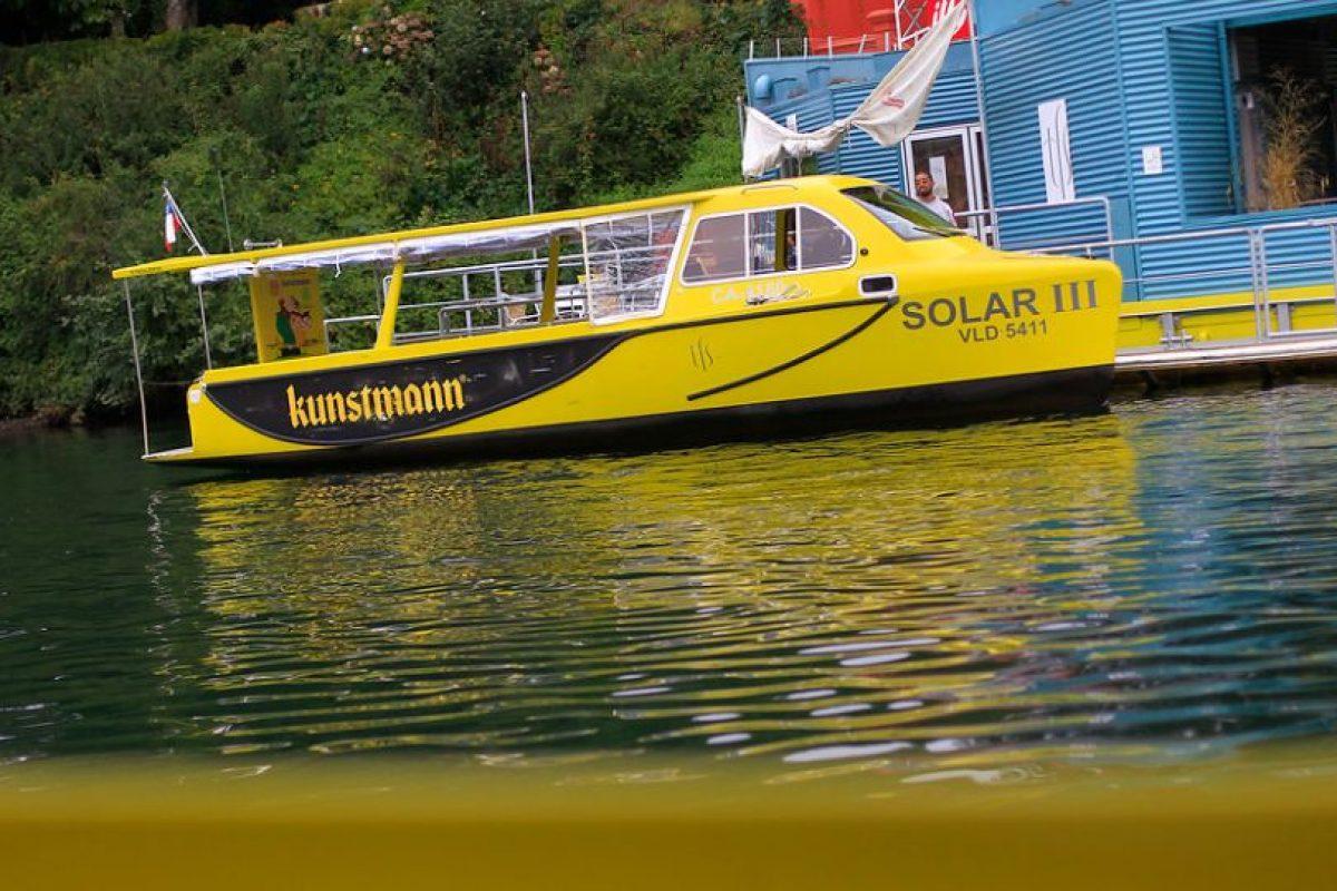 Los taxis fluviales de Valdivia recorren el cauce del río Calle Calle movidos 100% por energía solar. Foto:Agencia UNO / Archivo. Imagen Por: