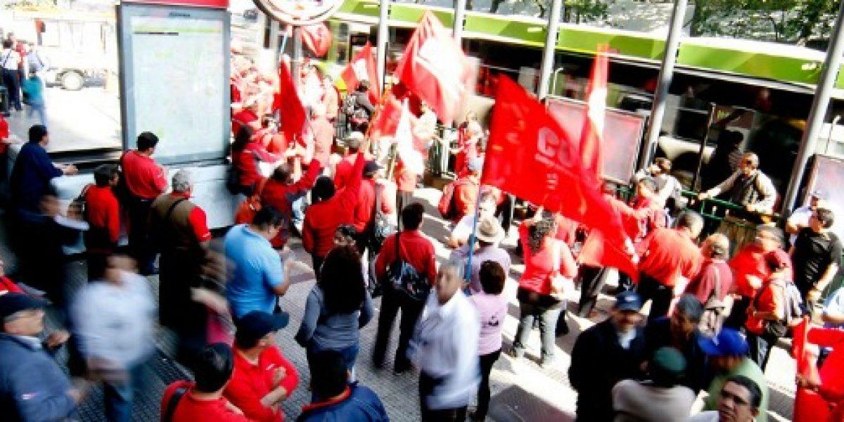 En 2015 hubo más de una huelga laboral por día en Chile