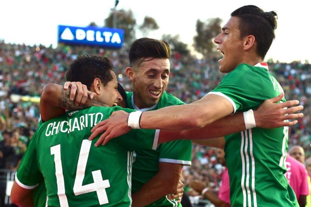 México es el gran candidato a ganar la Copa América Centenario y salió primero del Grupo C. Los aztecas vencieron a Uruguay por 3 a 1, Jamaica por 2 a 0 e igualaron ante Venezuela en la última fecha Foto:Getty Images. Imagen Por: