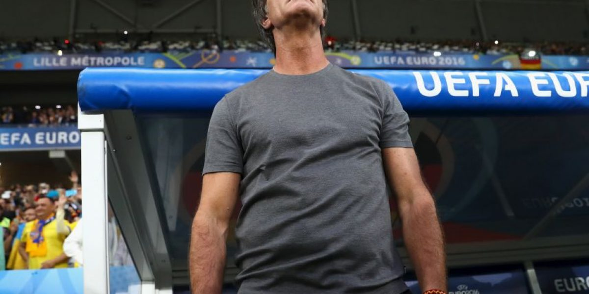 Joachim Low salió a disculparse por su embarazoso comportamiento