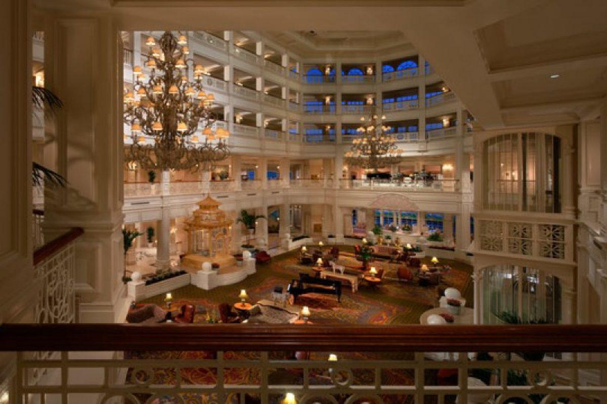 Tiene un lobby estilo victoriano Foto:Disneyworld.disney.go.com. Imagen Por:
