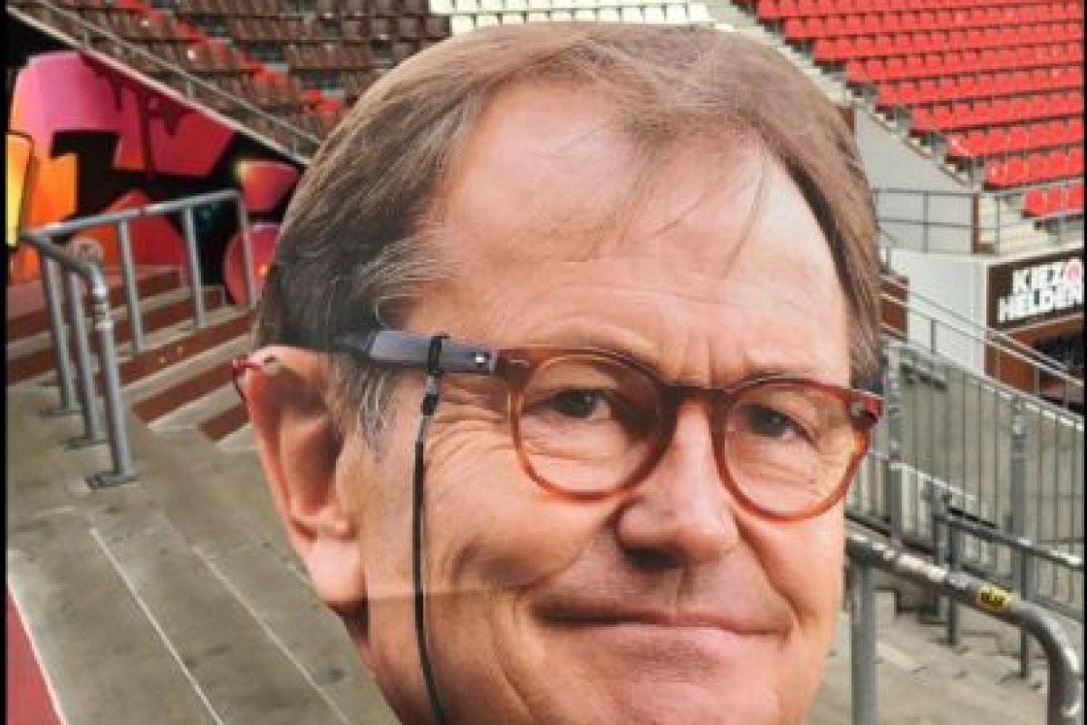 Los hinchas rápidamente se dieron cuenta del engaño y el club salió con humor a mostrar su 'engaño' Foto:Twitter St Pauli. Imagen Por: