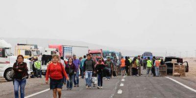 Pasajes agotados para viajar en tren de Arica a Tacna tras bloqueo de camino en la frontera