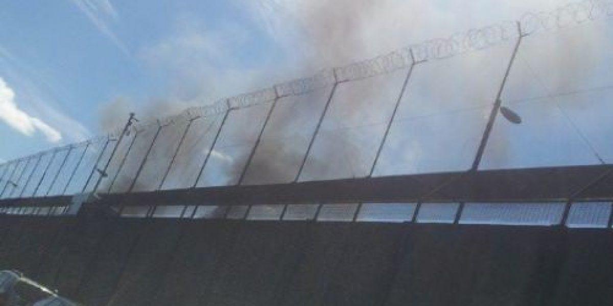 Reos incendiaron módulo en frustrado motín en cárcel de Temuco