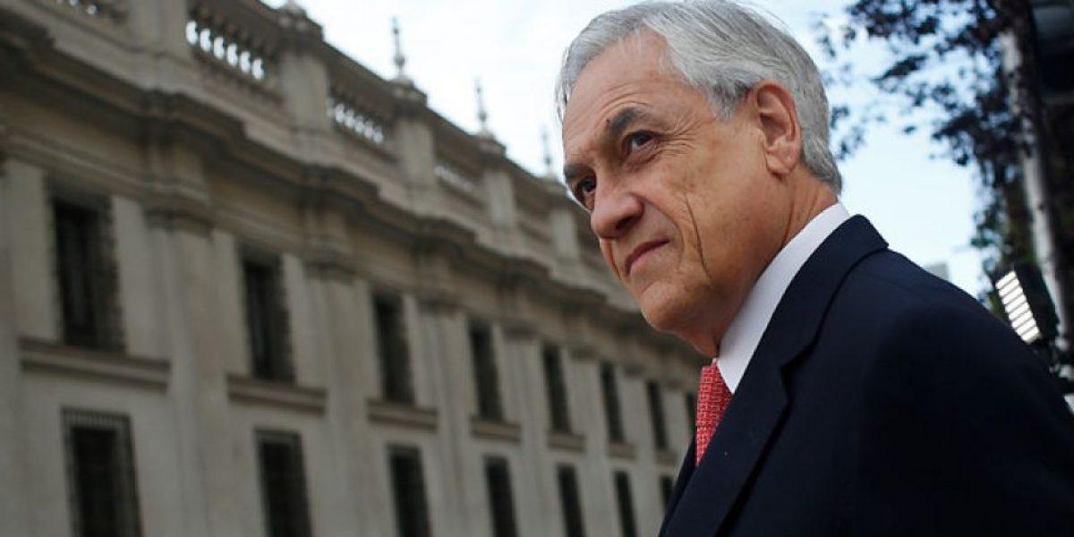 Piñera: Encapuchados y quienes se toman colegios