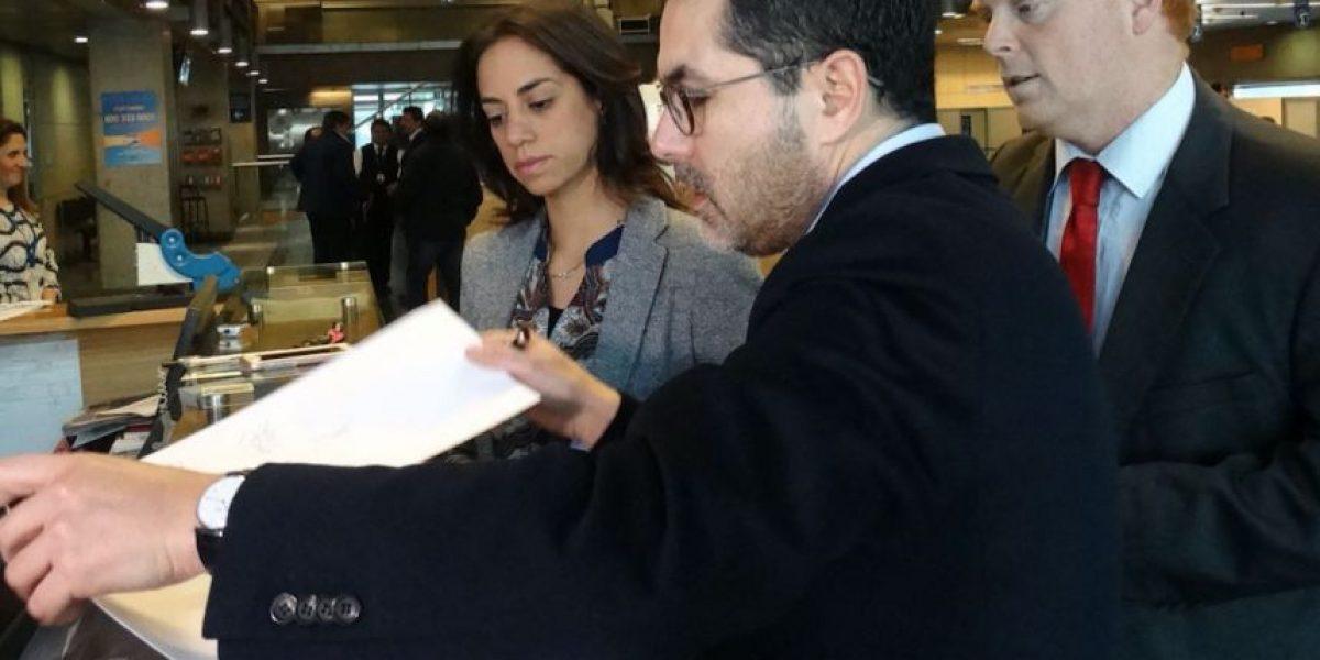Caval: RN presenta denuncia por prevaricación y pide que se investigue rol de La Moneda