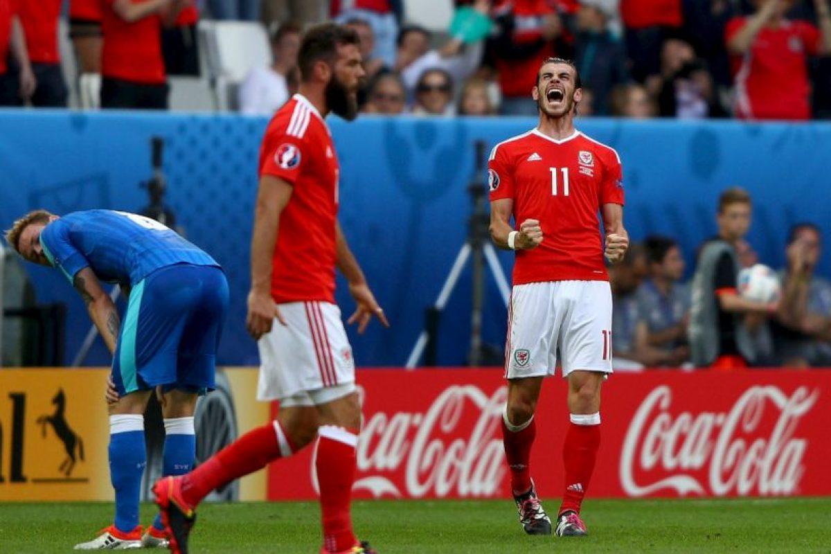 Los galeses comenzaron con el pie derecho y ganaron en la primera fecha gracias a un gol de Gareth Bale Foto:Getty Images. Imagen Por: