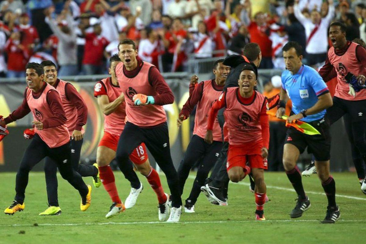 Perú sumó siete puntos tras vencer a Haití y Brasil, además de empatar ante Ecuador Foto:Getty Images. Imagen Por:
