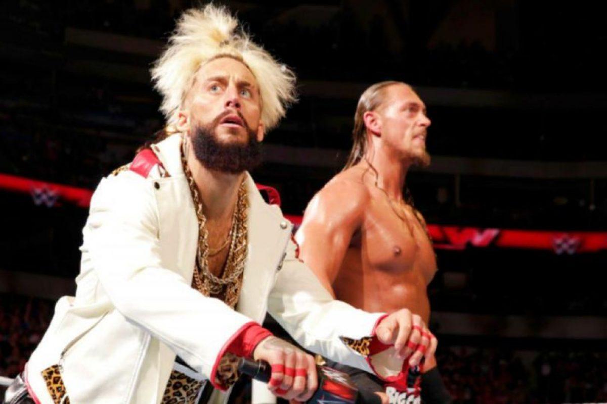 Contra Enzo Amore y Big Cass Foto:WWE. Imagen Por: