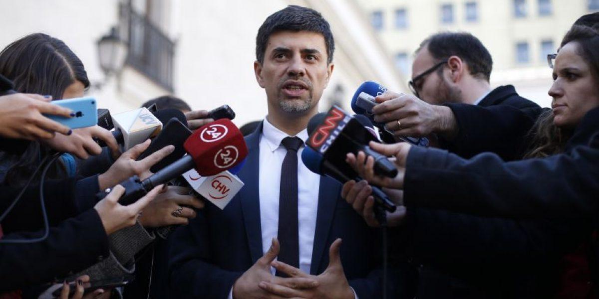 Ministro Díaz: moción de la UDI para prohibir el matrimonio gay