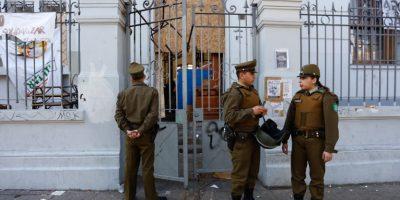 Instituto Nacional y Liceo de Aplicación se suman a los establecimientos desalojados