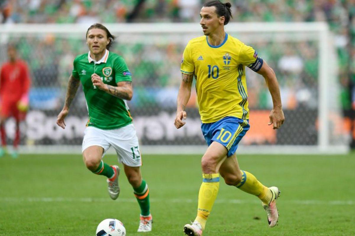 Zlatan Ibrahimovic fue uno de los jugadores que no pudo demostrar su talento ante los irlandeses Foto:Getty Images. Imagen Por: