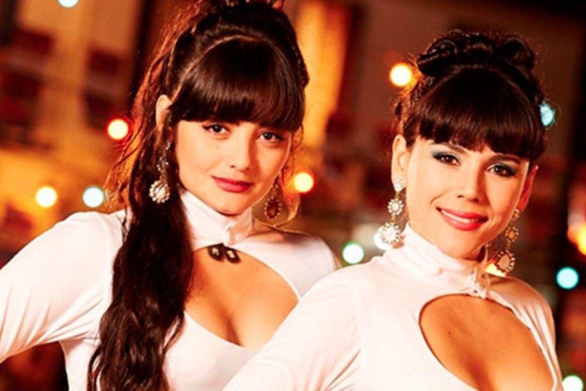 """""""Las hermanitas Calle"""", dúo colombiano de rancheras. Fueron interpretadas por Carolina Gaitán y Yuri Vargas. Foto:Canal Caracol. Imagen Por:"""