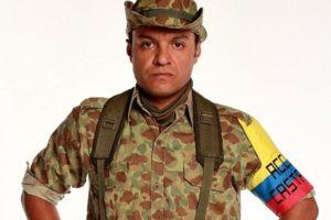 """Julián Román interpretó a Carlos Castaño en """"Los Tres Caínes"""". Foto:Canal RCN. Imagen Por:"""