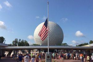 El gobierno estadounidense colocó las banderas a media asta. Foto:AP. Imagen Por: