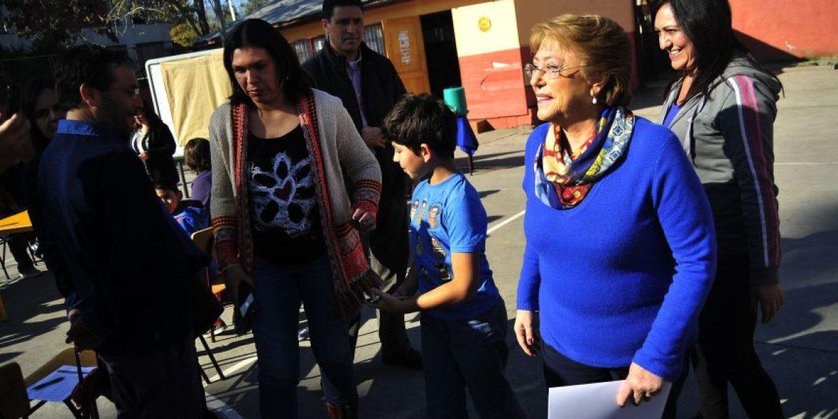 Presidenta Bachelet llamó a votar en las primarias de este domingo