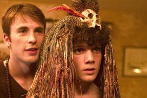 """Chris Evans y Antón en la cinta """"Fierce People"""" Foto:IMDB. Imagen Por:"""