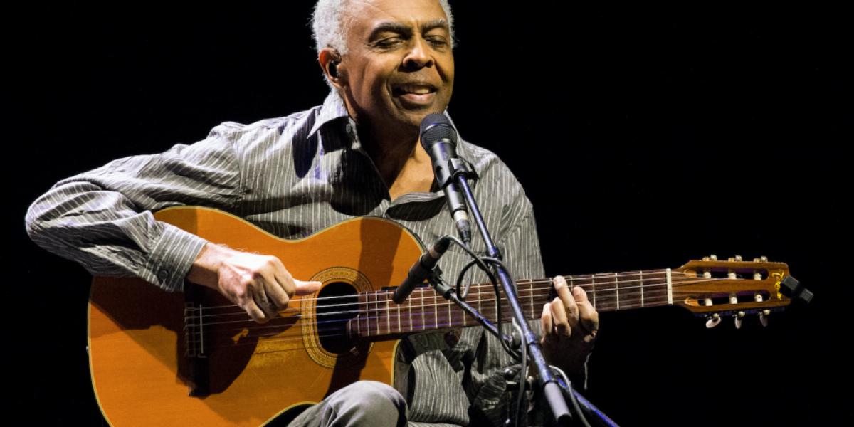 Músico brasileño Gilberto Gil hospitalizado por insuficiencia renal